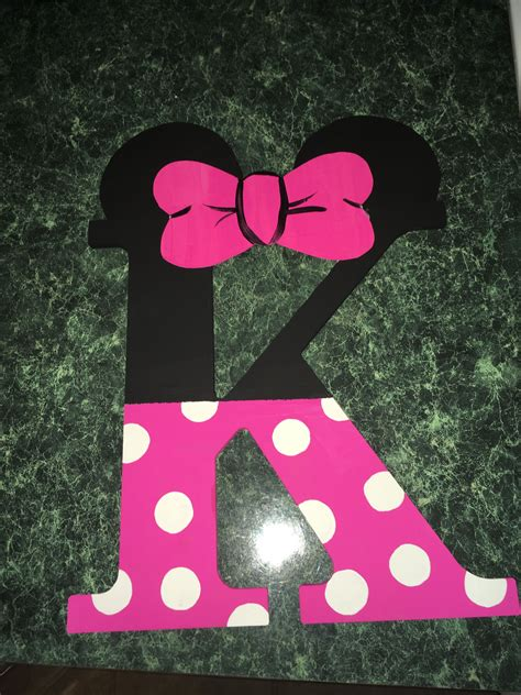 Diy-Minnie-Mouse-Wooden-Letters