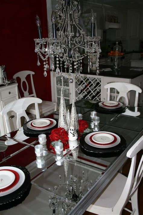 Diy-Mirrored-Dining-Table