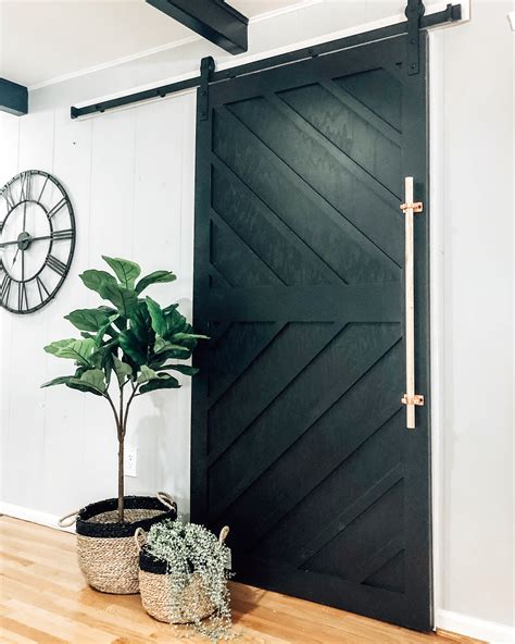 Diy-Modern-Barn-Door
