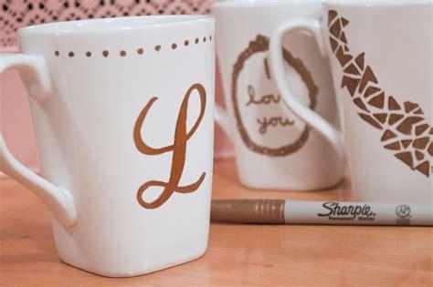 Diy-Monogram-Mugs-With-Sharpie