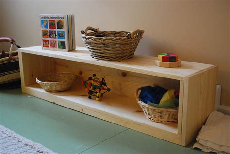 Diy-Montessori-Infant-Shelf