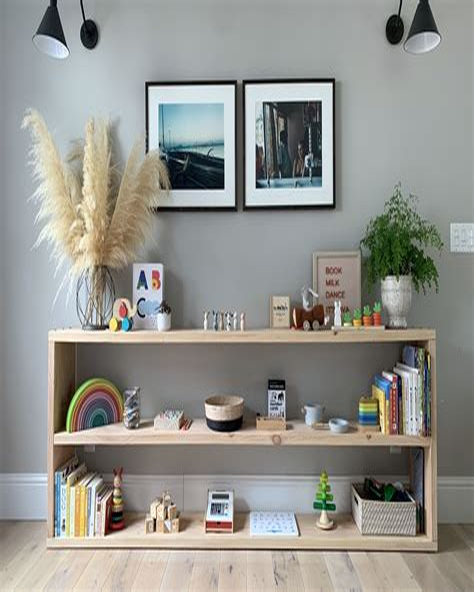 Diy-Montessori-Shelf
