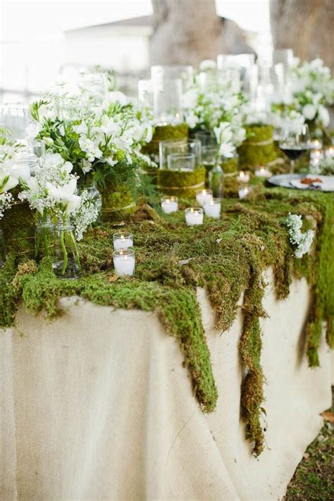 Diy-Moss-Table-Decor