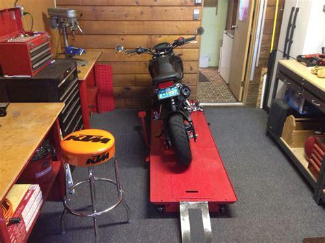Diy-Motorcycle-Table-Osb-Board