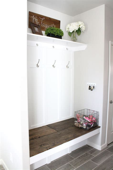 Diy-Mudroom-Bench-Ana-White