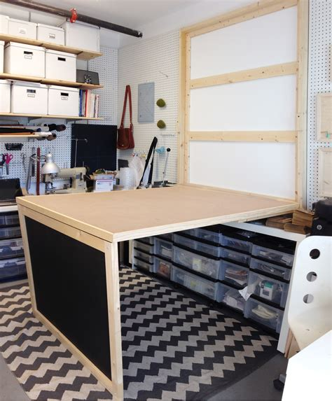 Diy-Murphy-Sewing-Table