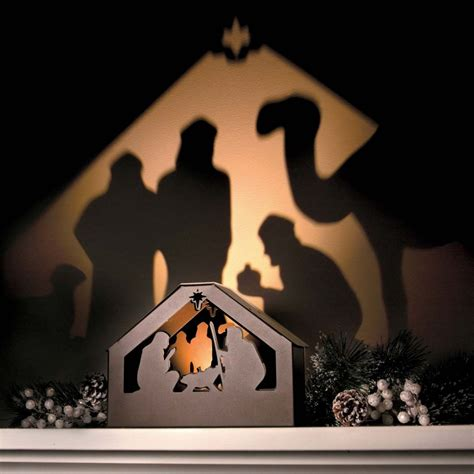 Diy-Nativity-Scene-Projection-Shadow-Box
