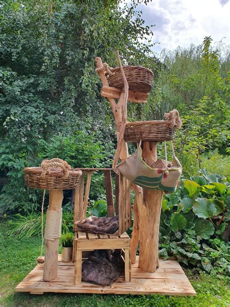 Diy-Natural-Wood-Cat-Tree