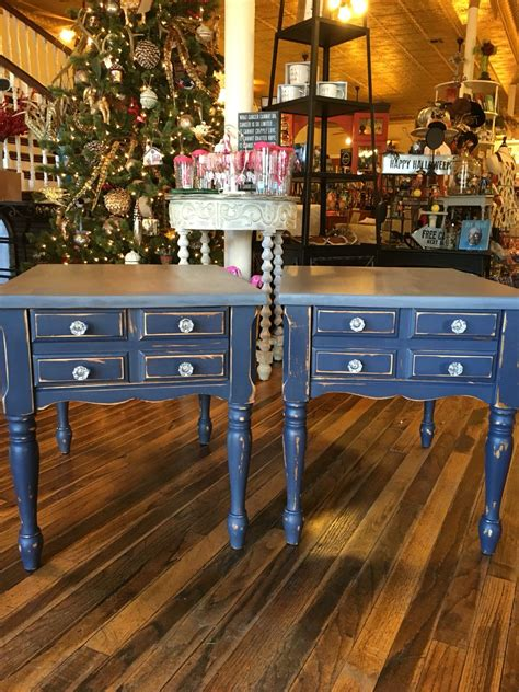 Diy-Navy-Stained-Furniture
