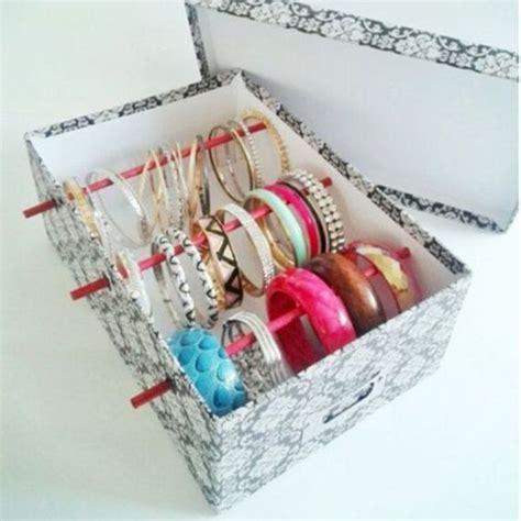 Diy-Necklace-Organizer-Box