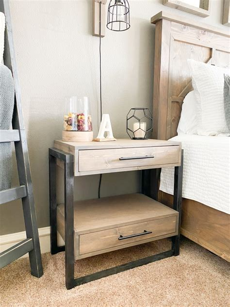 Diy-Nightstand-With-Drawer-Plans