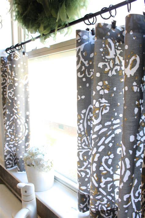 Diy-No-Sew-Cafe-Curtains