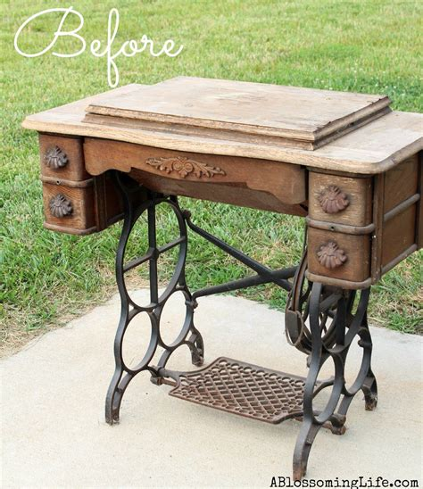 Diy-Old-Sewing-Machine-Table