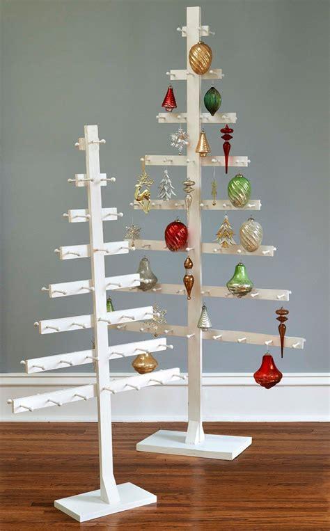 Diy-Ornament-Tree-Stand