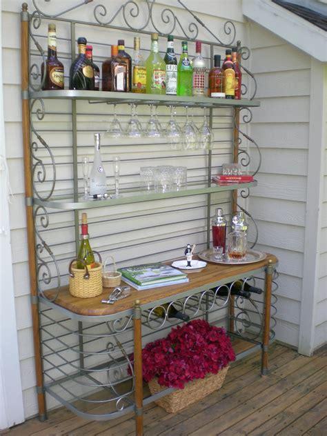 Diy-Outdoor-Bakers-Rack