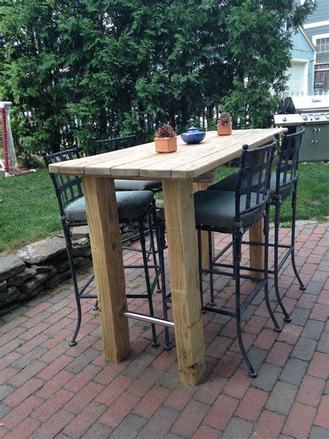 Diy-Outdoor-Bar-Height-Table
