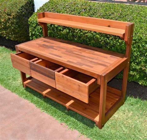 Diy-Outdoor-Bench-With-Drawer