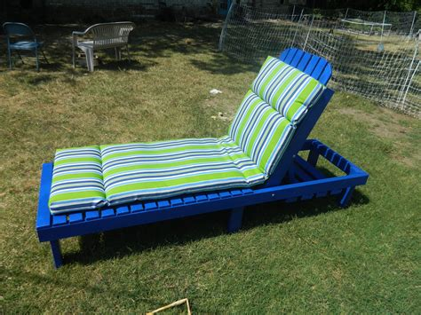 Diy-Outdoor-Chaise-Lounge-Cushions