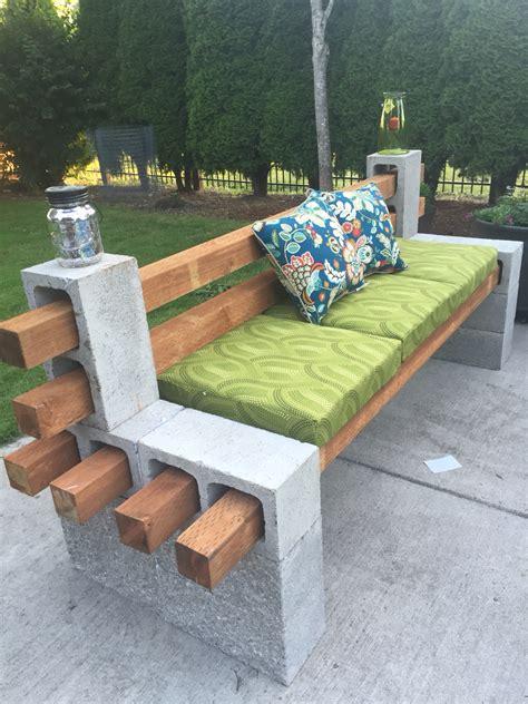 Diy-Outdoor-Furniture-Ideas-Easy