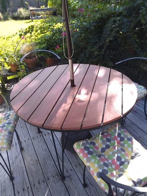 Diy-Outdoor-Round-Table-Top-Ideas