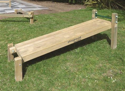 Diy-Outdoor-Sit-Up-Bench