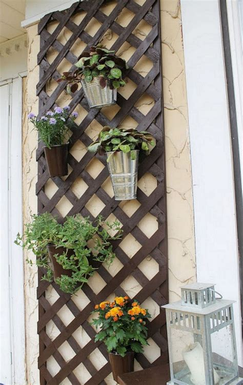 Diy-Outdoor-Wall-Decor