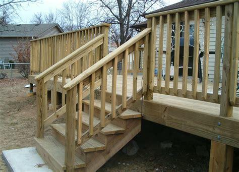 Diy-Outdoor-Wood-Handrail