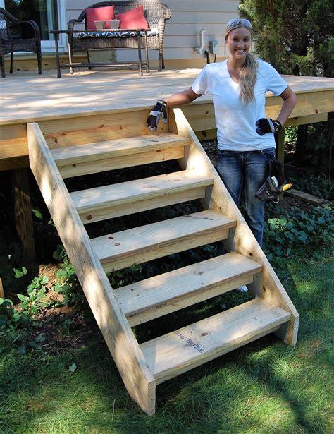 Diy-Outdoor-Wood-Stairs