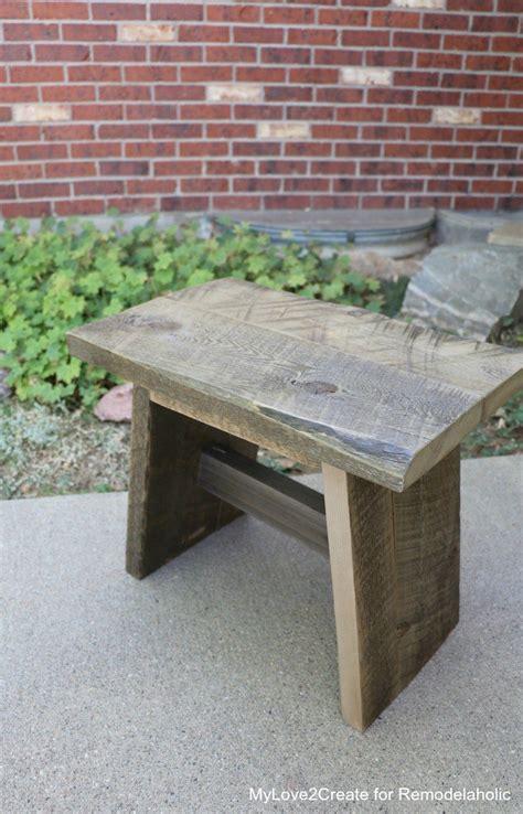 Diy-Outdoor-Wood-Stools