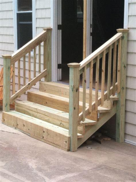 Diy-Outdoor-Wooden-Porch-Stair-Makeover