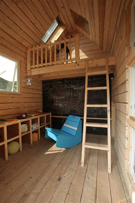 Diy-Outside-Playhouse-With-Loft