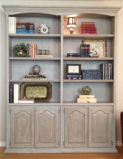 Diy-Paint-A-Bookshelf