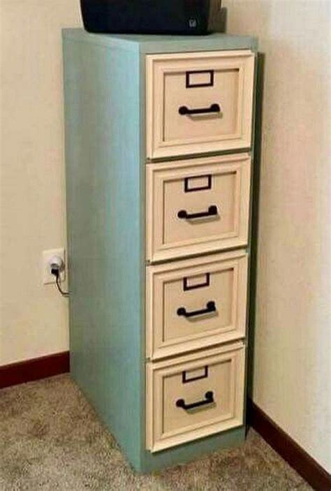 Diy-Paint-A-Metal-File-Cabinet
