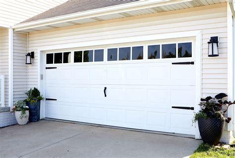 Diy-Paint-Faux-Windows-On-Your-Garage-Door