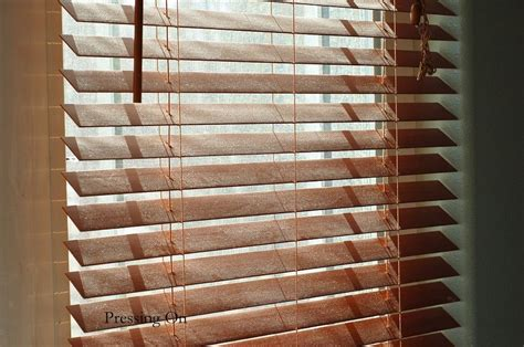 Diy-Paint-Faux-Wood-Blinds