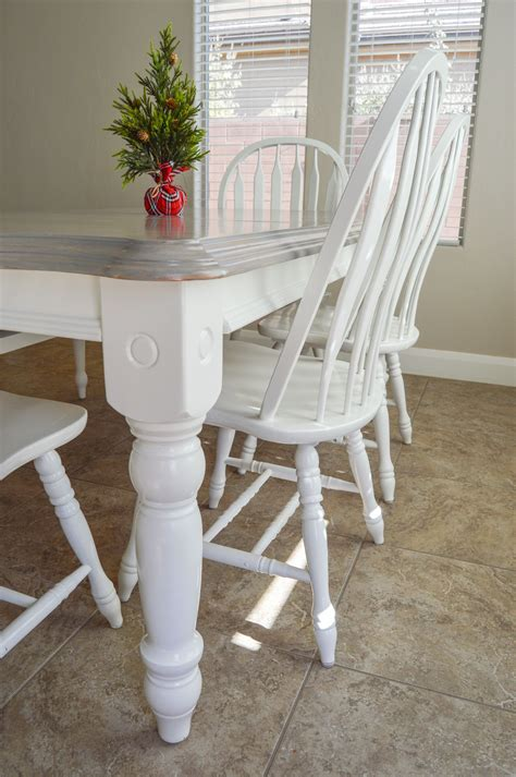 Diy-Painted-Dining-Table-And-Chairs