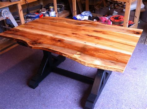 Diy-Painting-A-Pecan-Table