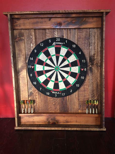 Diy-Pallet-Dart-Board-Cabinet