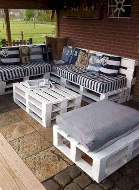 Diy-Pallet-Furniture-Designs