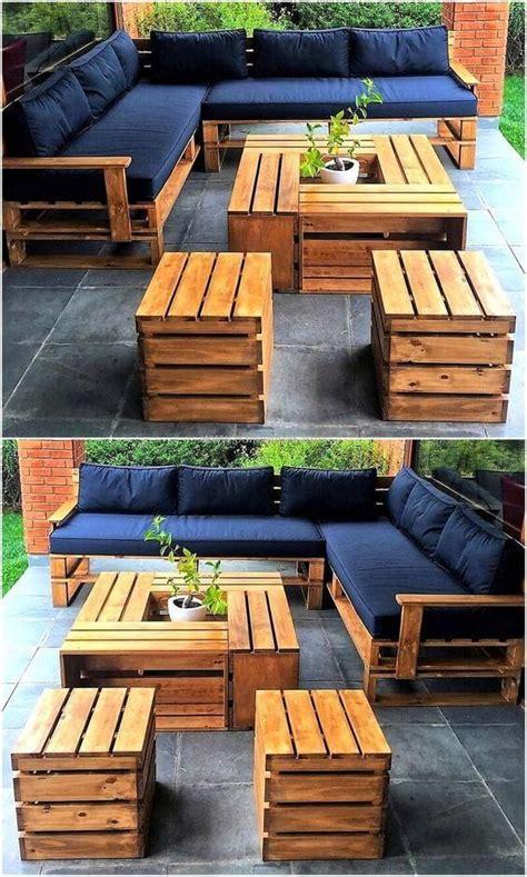 Diy-Pallet-Garden-Chair