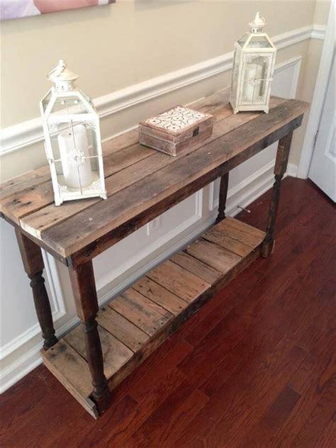 Diy-Pallet-Hallway-Table