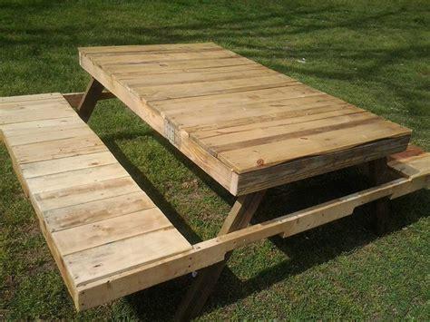 Diy-Pallet-Picnic-Bench