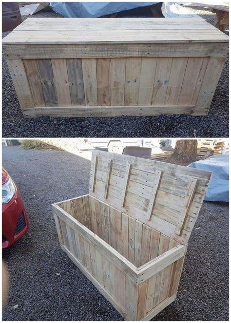Diy-Pallet-Wood-Storage-Box