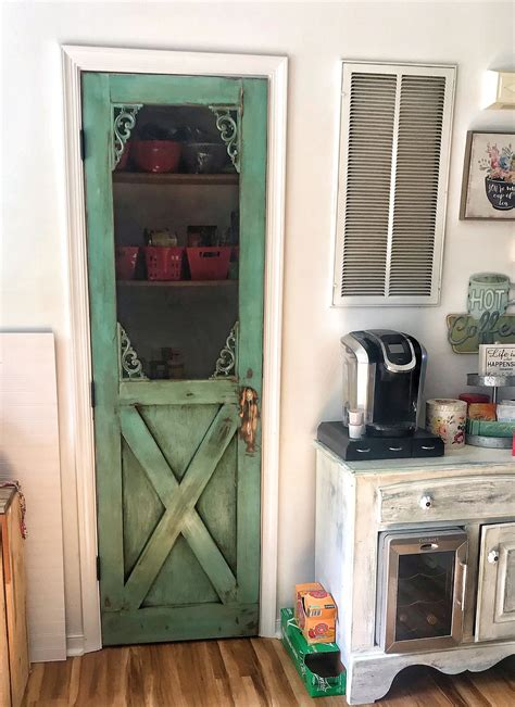 Diy-Pantry-Screen-Door
