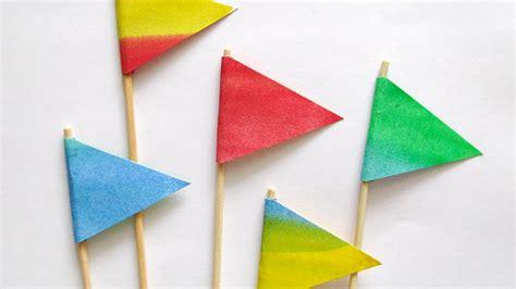 Diy-Paper-Flags