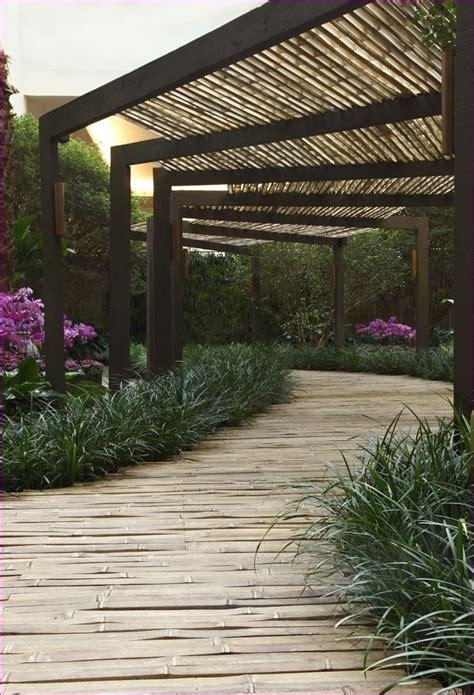 Diy-Pathway-Pergola