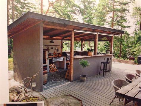 Diy-Patio-Outdoor-Kitchen-Enclosed-Roof