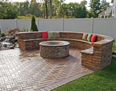 Diy-Patio-Stone-Seating