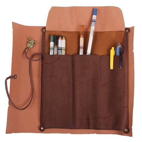 Diy-Pencil-Box-Treasure-Chest-Pirate