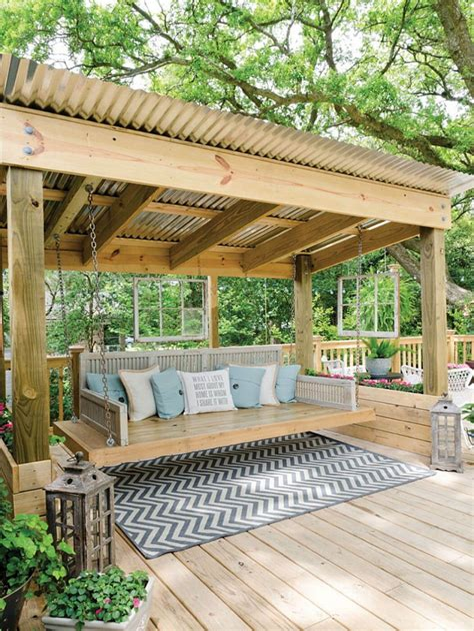 Diy-Pergola-Swing-Bed